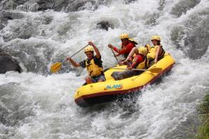 У Закарпатті відкривають сезон-2013 водних сплавів по Тисі