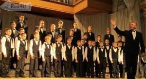 Мукачево запрошує на Концерт духовної музики. Хор хлопчиків та юнаків